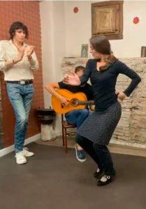 Baila-bulerias con las clases de flamenco online